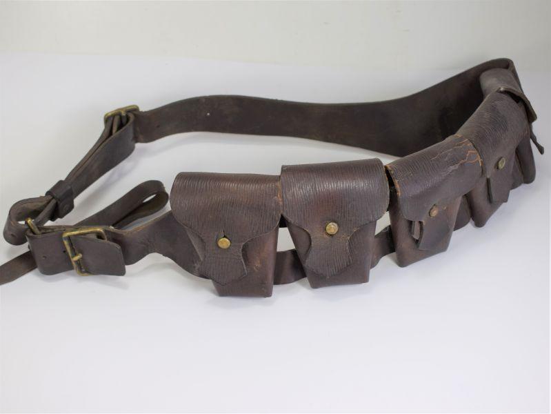 116) Excellent Original WW1 1903 Pattern Leather Bandolier HGR 18