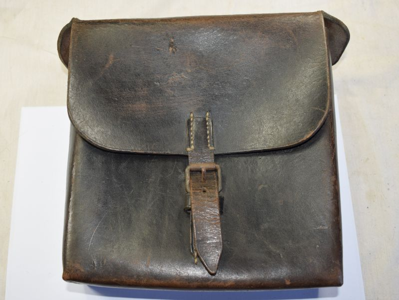 14) Excellent Original WW2 German Army Signals Leather Tool Bag Luftwaffe?