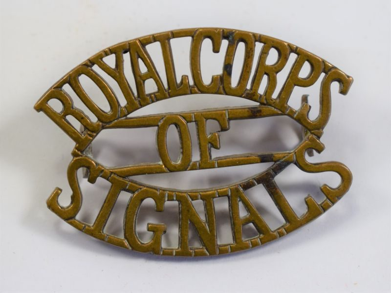 29) Original WW2 British Royal Corps of Signals Brass Shoulder Badge