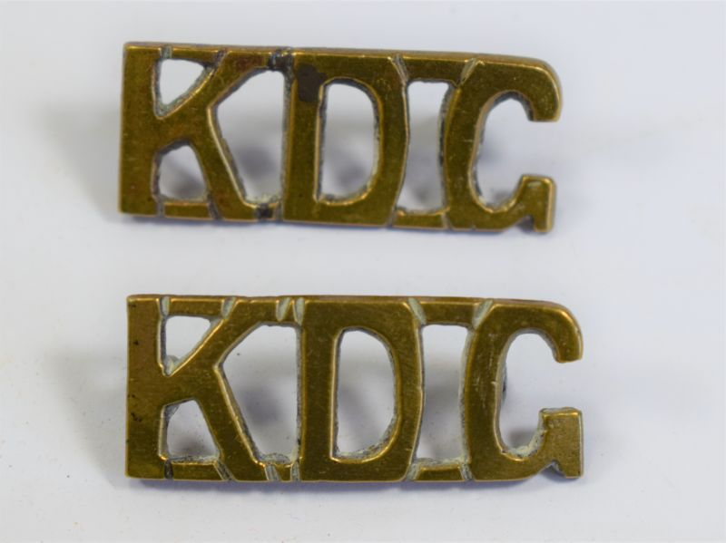 30) Original WW1 WW2 Kings Dragoon Guards Brass Shoulder Badges