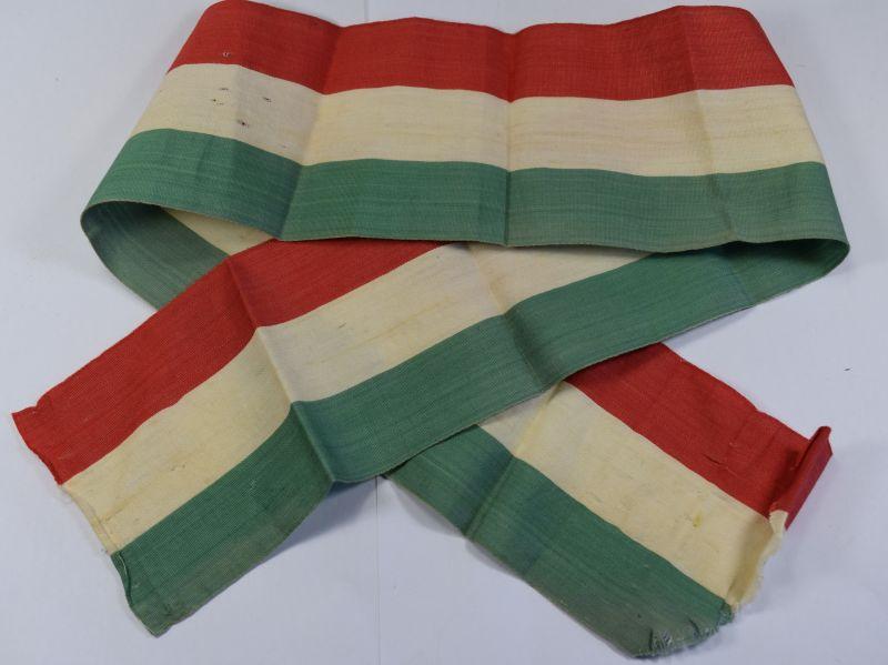 35) Original WW2 Era Italian Tri Colour Sash