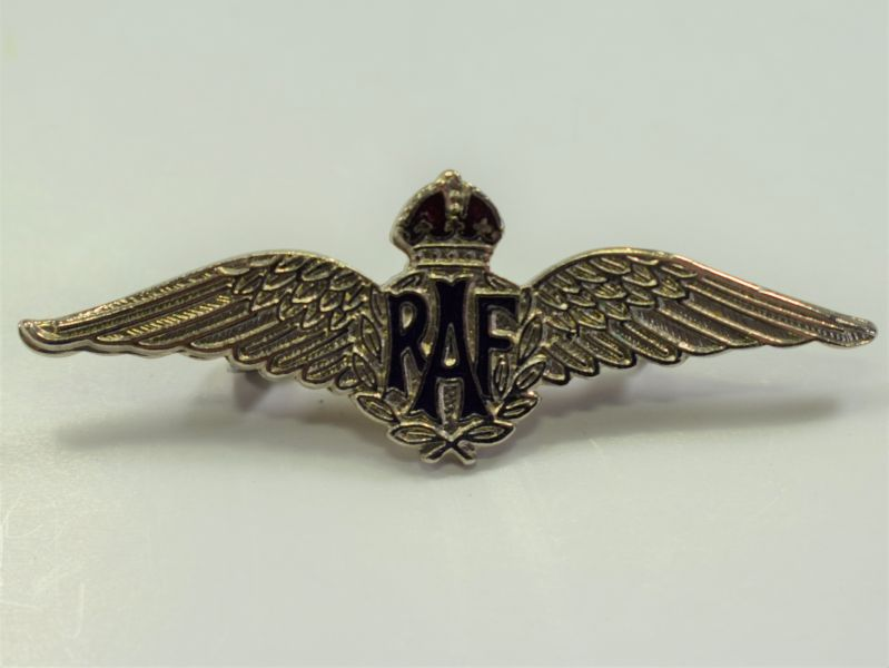 78) Original WW2 Enamelled RAF Pin Back Wings Sweetheart Brooch.