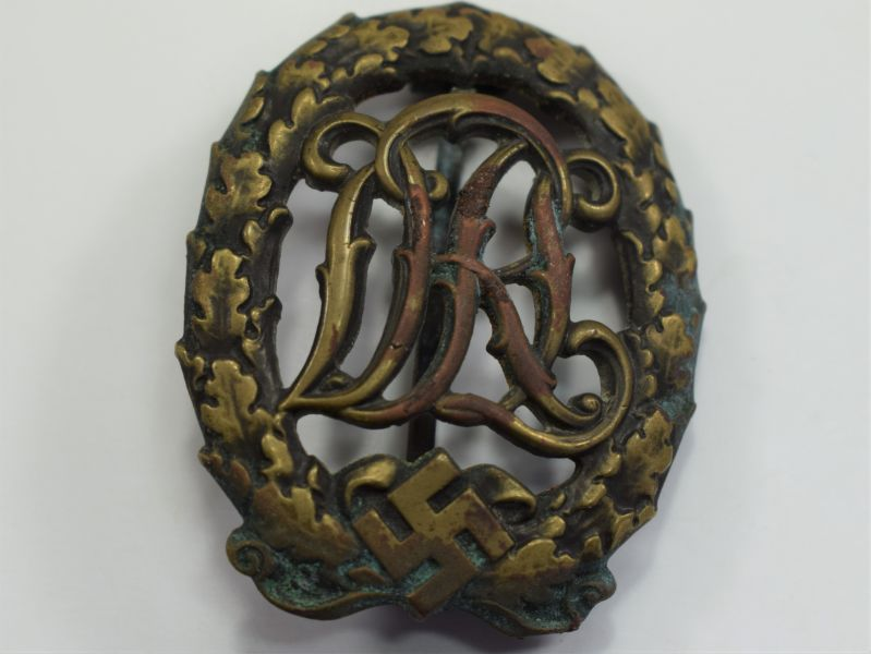 86) Original 1930s – WW2 Nazi German DRL Sports Badge