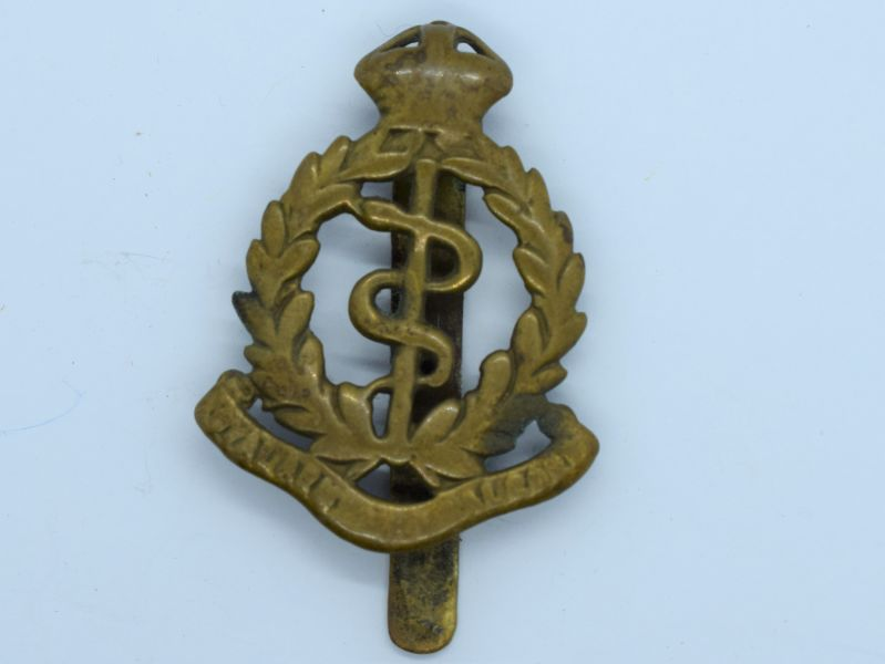 100) Original WW1 WW2 RAMC Cap Badge in Heavily Polished Condition