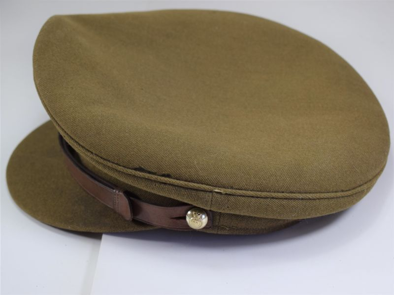 134) Post WW2 British Army Officers Peaked Cap in a Good Size