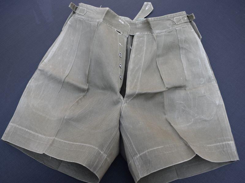15) Good Post WW2 British Officers JG Shorts Malaya, Korea, Singapore, Hong Kong