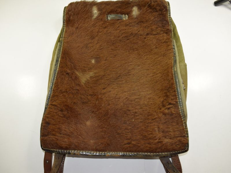 18) Original WW2 German Army Pony Fur Tournister Back Pack