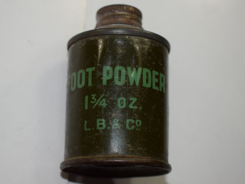 21) Small Round 1 ¾ oz Pot of WW2 British Army Foot Powder