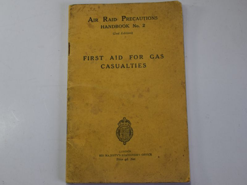 38) Pre WW2 ARP Handbook No2 First Aid For Gas Casualties 1936