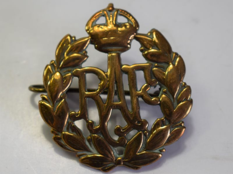 50) Original WW2 RAF Brass Cap Badge