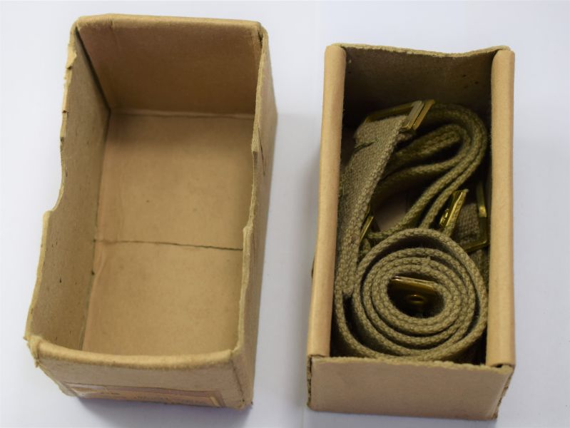110) Mint Unissued Boxed WS 18 Battery Securing Straps ZN.2141