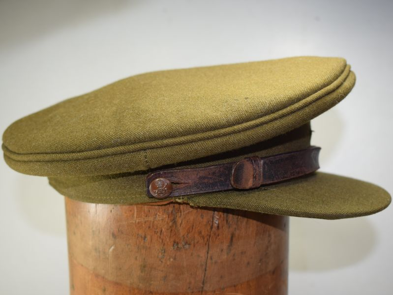 112) Excellent WW2 Era British Army RA Officers Peaked Cap by Bates