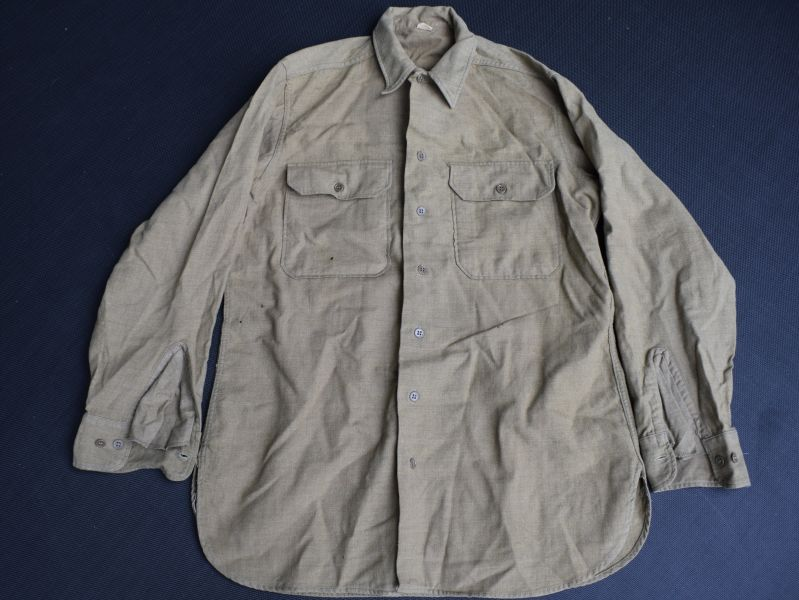 132) Original WW2 US Army Issue Mustard Coloured Shirt
