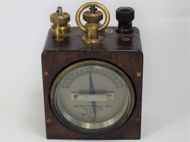 162) Original WW2 British Military Detector Q & I MKI Demolitions Tester