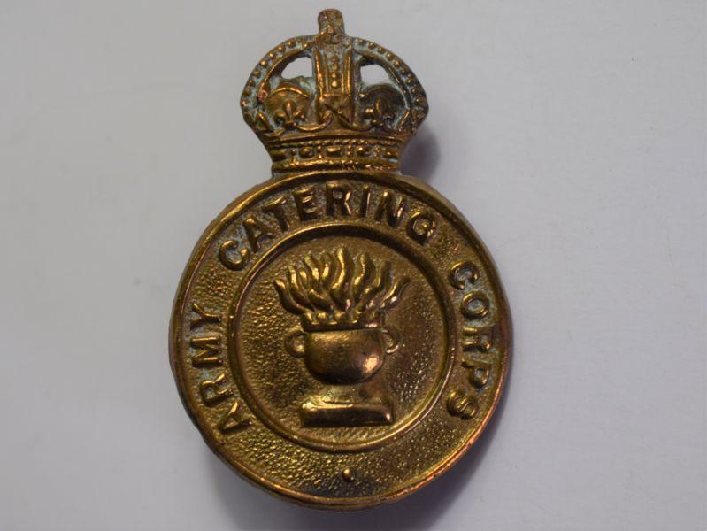 26) Good Original WW2 Army Catering Corps Cap Badge