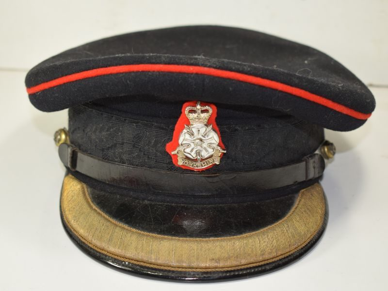 74) Early 1950s Officers Peaked Cap Duke of Wellingtons, West Riding Buttons & Yorkshire Brigade badge