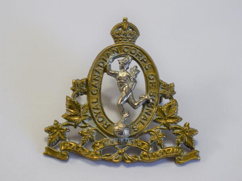 159) Nice Original WW2 Royal Canadian Corps of Signals Cap Badge