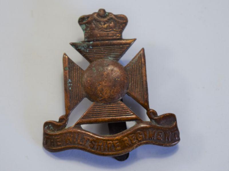 168) Original WW1 WW2 The Wiltshire Regiment Cap Badge