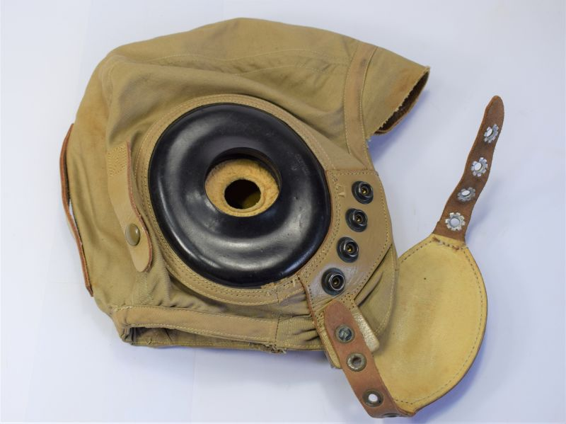 55) Unusual WW2 USAAF Summer Flying Helmet With Chin Cup