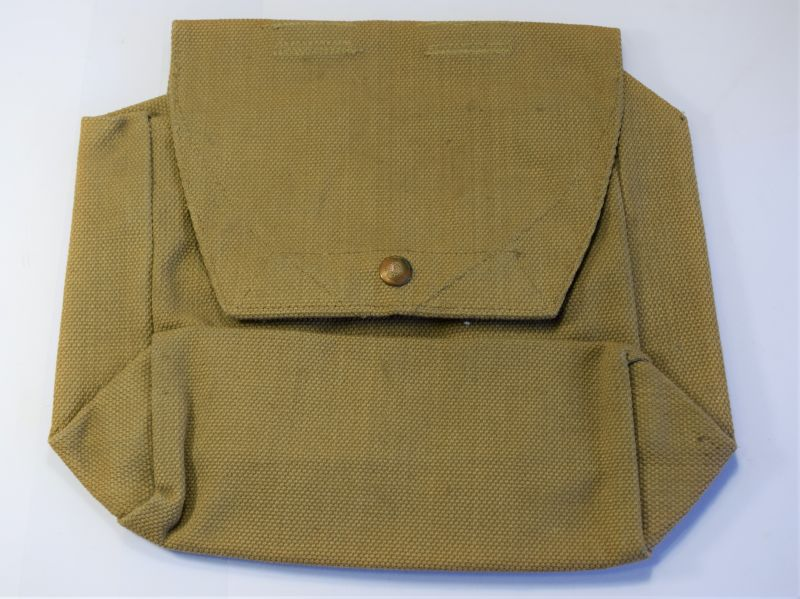 68) Mint Unissued Royal Artillery Battery Staff Officers Side Pack MECo 1940