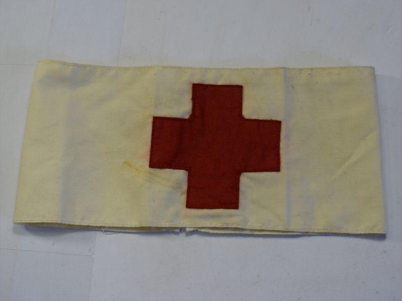 98) Excellent Original WW1 Era Medics or Nurses Pin on Armband