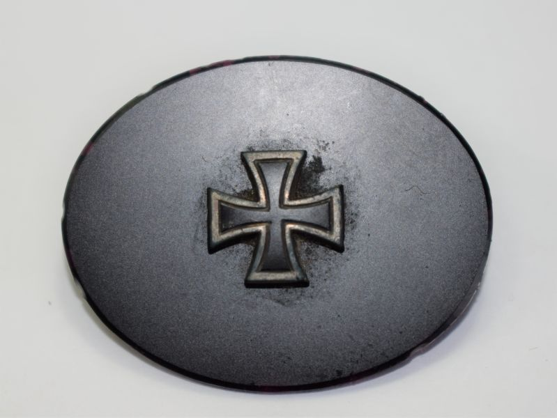 50) Unidentified WW1 German Oval Badge with Iron Cross, Miniature?