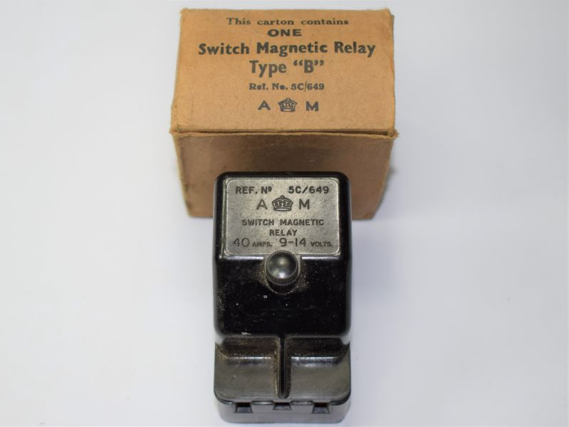 18) Mint Unissued Air Ministry Switch Magnetic Relay Type B in Issue Box