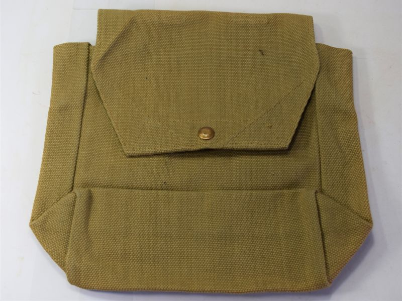82) Unissued Royal Artillery Battery Staff Officers Side Pack MECo 1939
