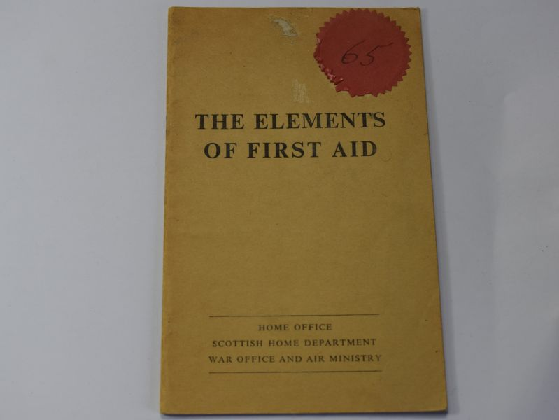 108) British Forces Pamphlet The Elements of First Aid 1957