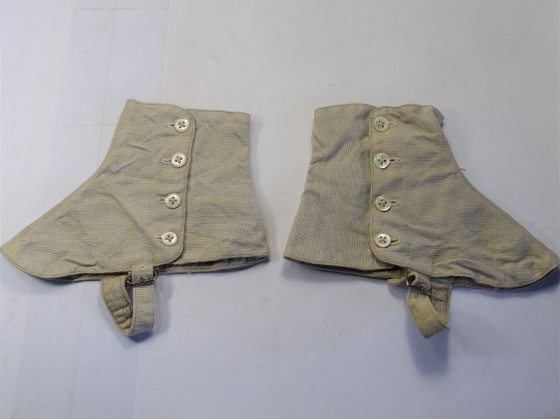 115) Nice 1920s-30s Mans Linen Spats with Mother of Pearl Buttons