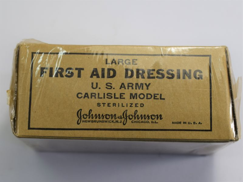 9) Excellent Unissued WW2 US Army Large First Aid Dressing Carlisle Model