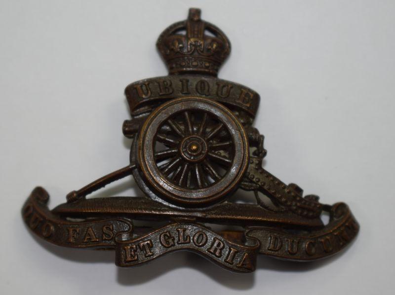 68) Nice Original WW1 WW2 Royal Artillery Officers Cap Badge in Bronze