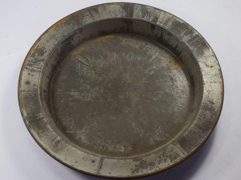 92) Good Original WW2 British Army Metal Dinner Plate
