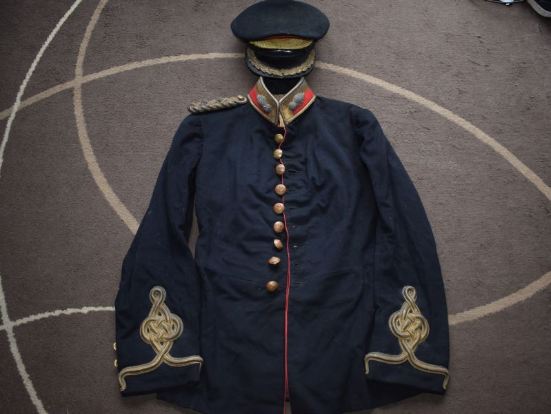 94) Nice 1911 Dated RFA Uniform Tunic, Trousers & Cap with ID to a Lieutenant