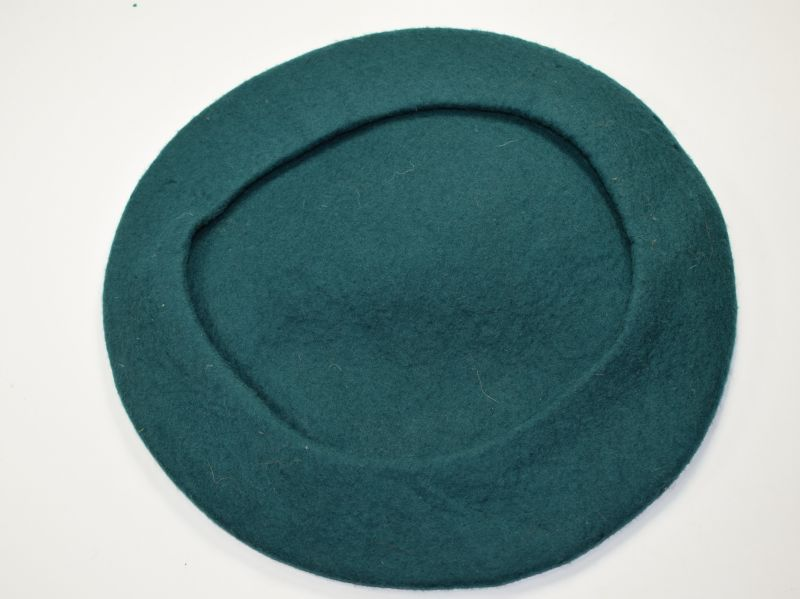 86) Original WW2 Woman's Voluntary Service Beret