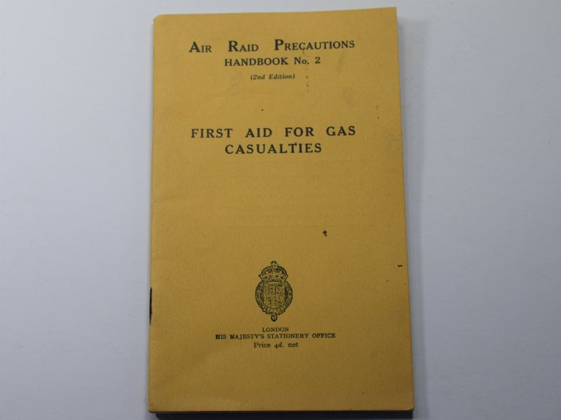 41) Original WW2 ARP Hand Book No2 First Aid For Gas Casualties 1937
