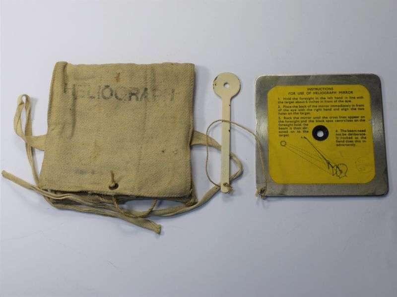 94) Nice Large Size 4 inch RAF Emergency Heliograph & Pouch