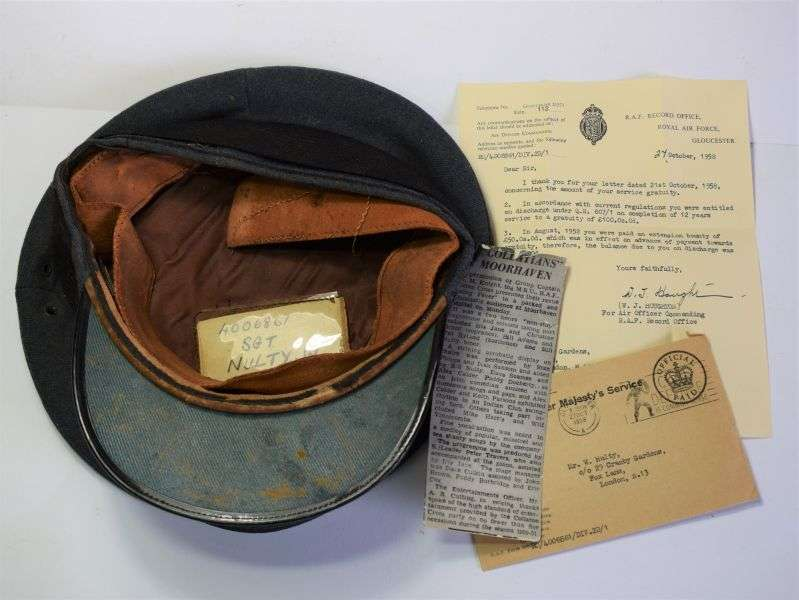 162) Post WW2 RAF Airman's Service Cap & Paperwork 4006861 Sgt W.Nulty