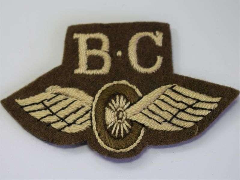 114) Original WW2 Bren Gun Carrier Operator Winged Wheel Sleeve Badge