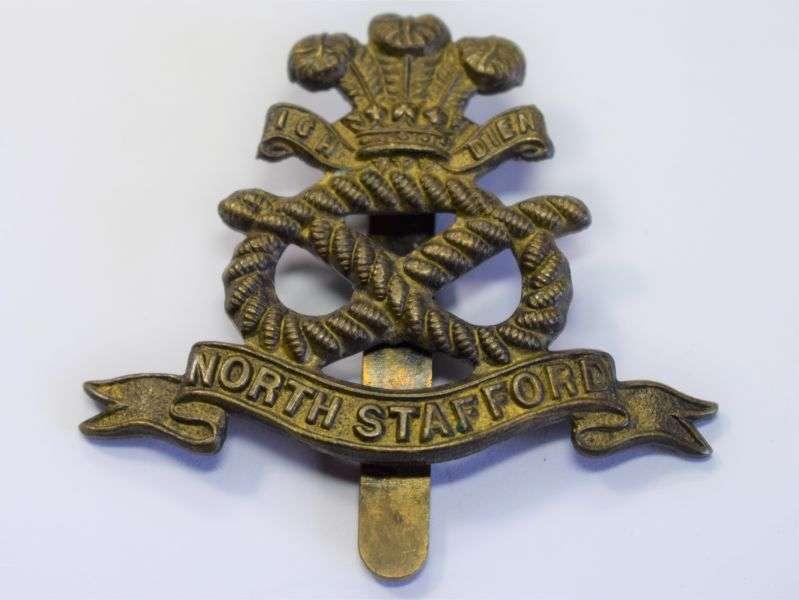 140) Original WW1 WW2 Cap Badge The North Staffordshire Regiment