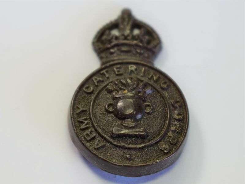 149) Original WW2 British Army Catering Corps Economy Cap Badge