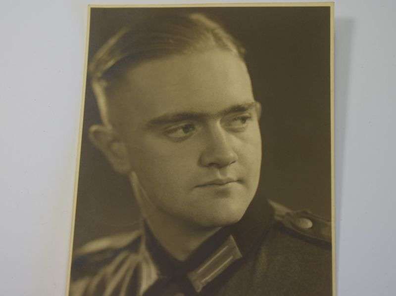 17) Excellent Original Portrait Photo of German Soldier in 1937