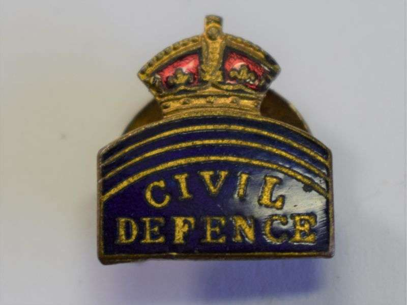 31) Excellent Original WW2 Rectangular Civil Defence Lapel Badge