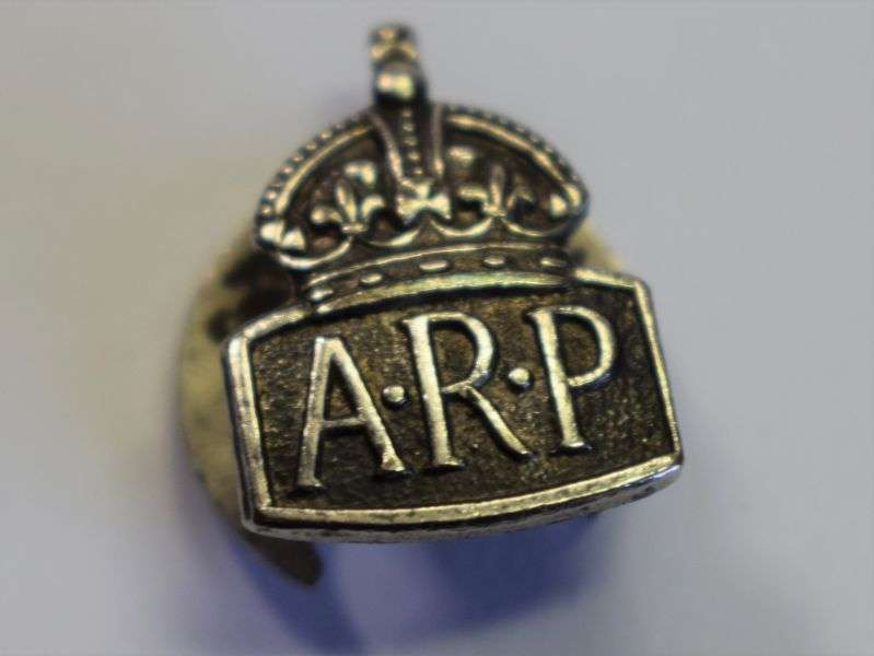 32) Excellent Original WW2 Tiny ARP Lapel Badge