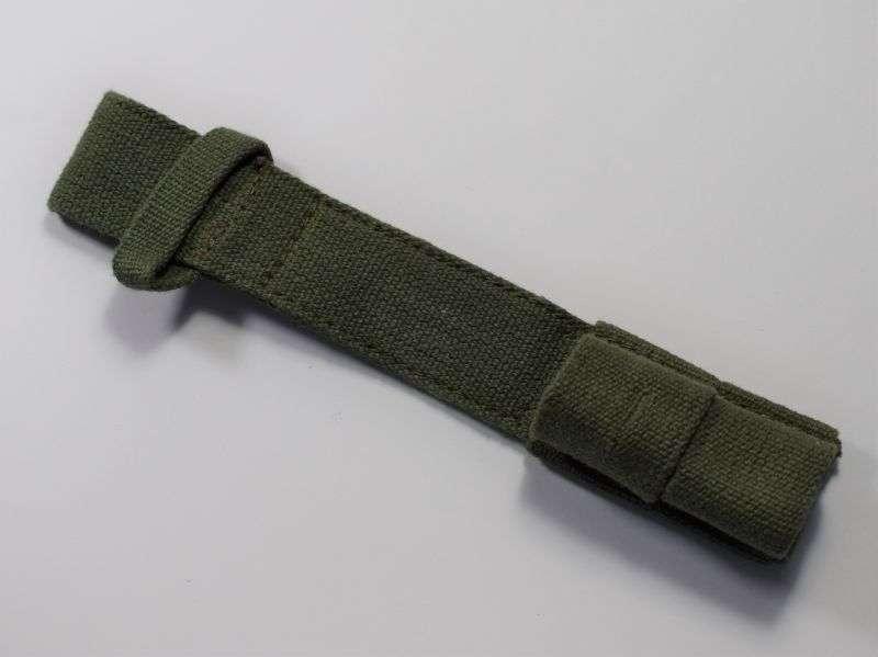 117) Unissued 1944 Pattern Webbing Bayonet Frog Dated 1945