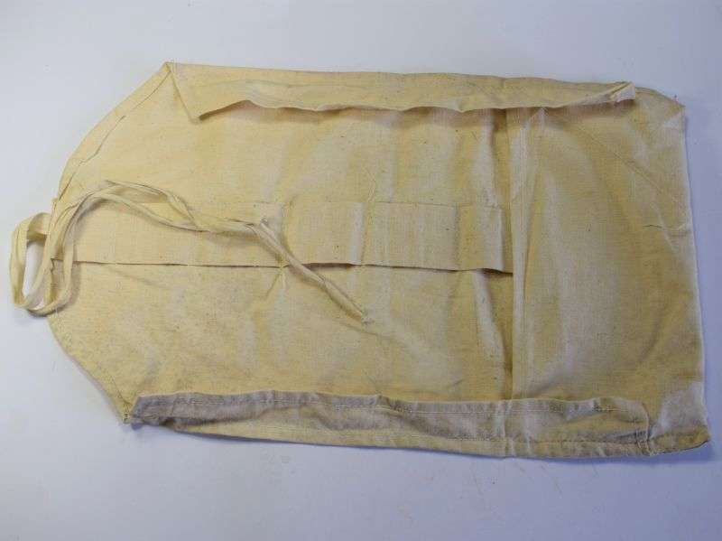 17) Original WW2 RAF Issue White Linen Wash Roll AM 1941