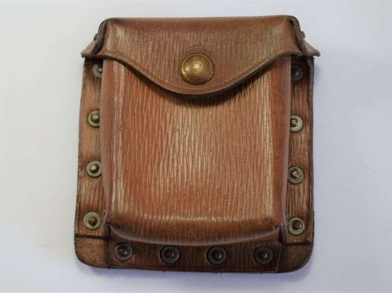 25) Excellent Original Leather 1939 Pattern Pistol Ammo Pouch