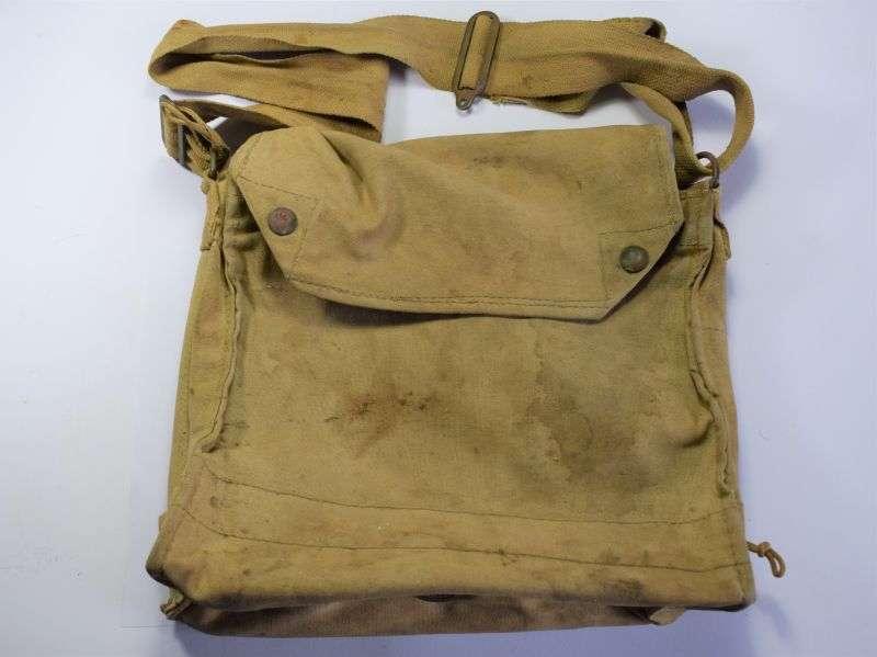 37) Original WW2 Canadian Made Service Respirator Haversack
