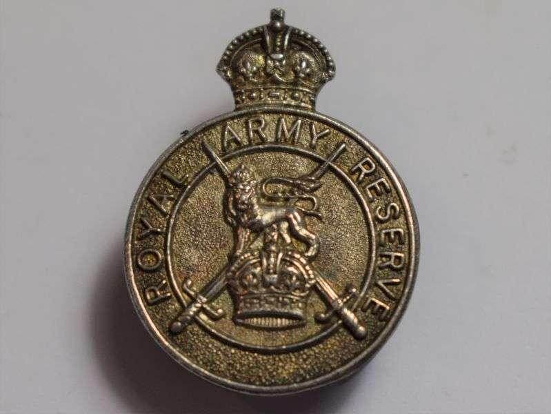 65) Excellent Crisp Pre WW2-Royal Army Reserve Lapel Badge 1938