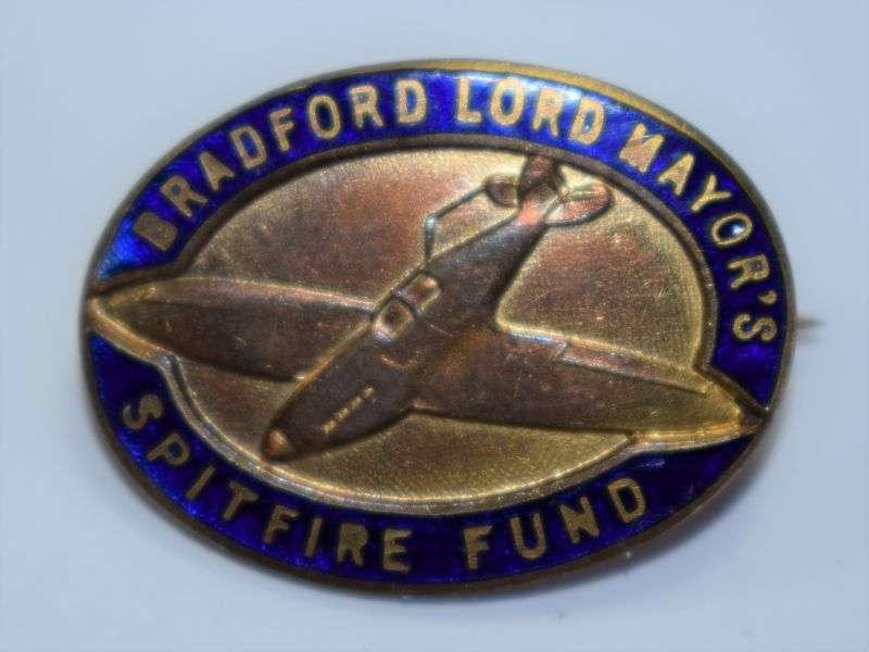 80) Excellent Original WW2 Bradford Lord Mayor's Spitfire Fund Enamel Pin Badge